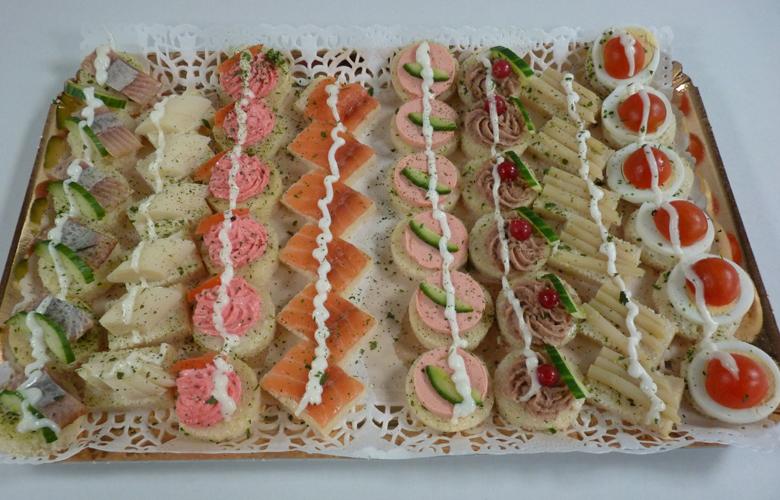 Traiteur kosher aux delices de maxime a la carte for Canape aperitif